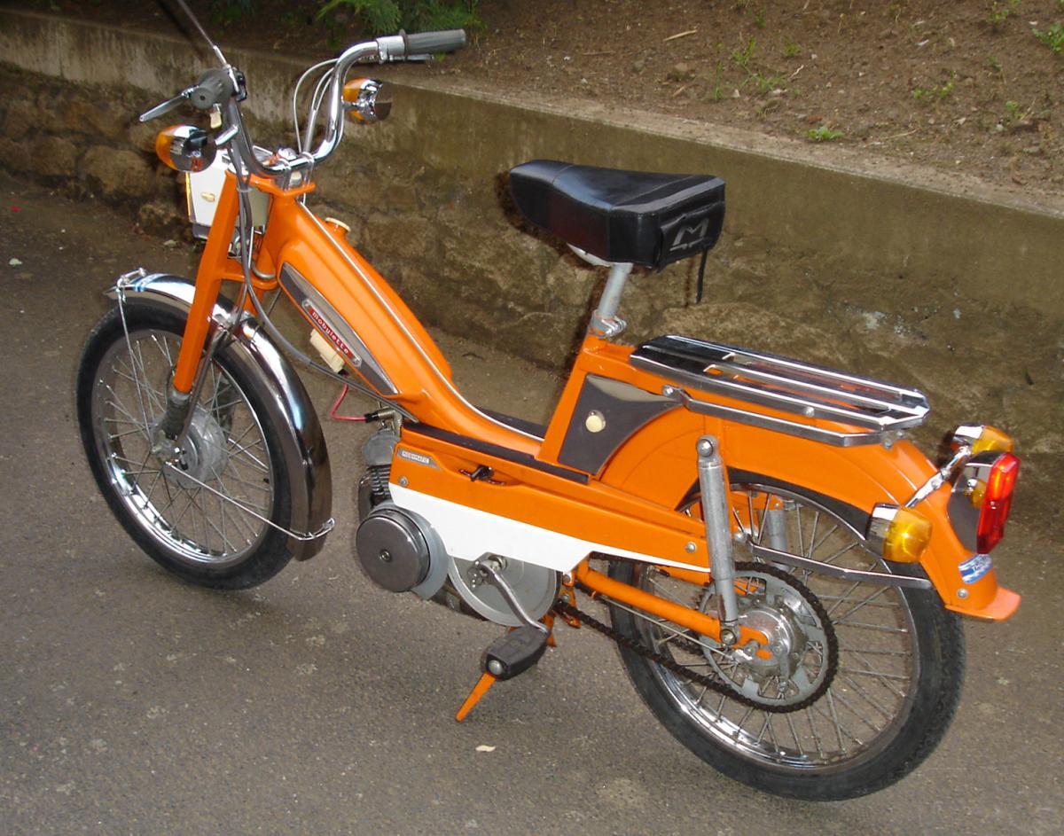 peinture orange mandarine r mobylette motob cane motoconfort 50 51 a rosol 400ml. Black Bedroom Furniture Sets. Home Design Ideas